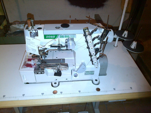 maquina de coser collareta 5 hilos con bordador, envivador!!