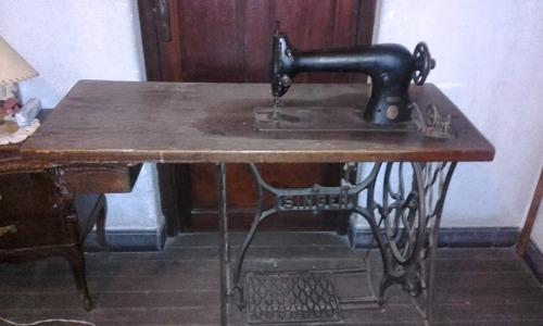 máquina de coser singer 31 - 15 funcionando