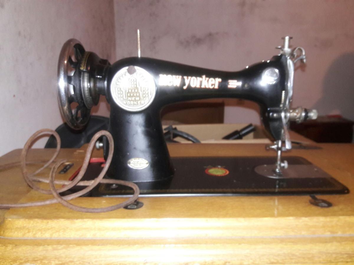 Maquina De Coser Tipo Singer Vintage Antiguedad - $ 4.000