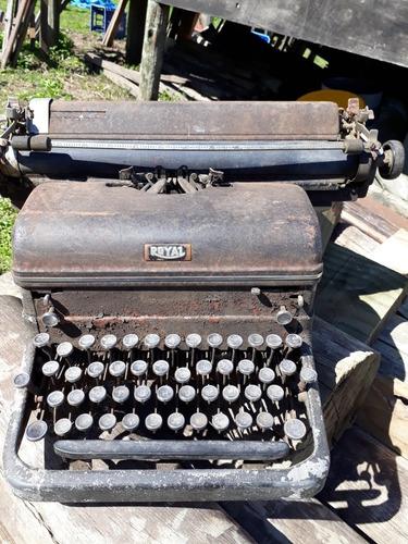 maquina de escribir antigua royal.