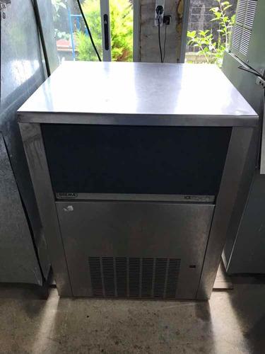 máquina de hacer hielo