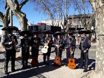 mariachis fernández serenata