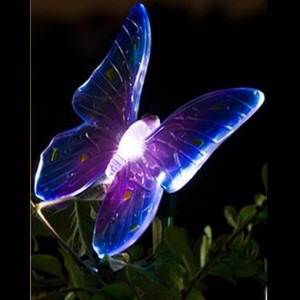 mariposa solar / colores / jardin / decoracion