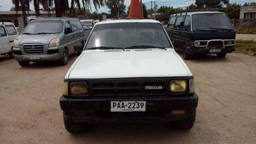mazda b2500 en muy buen estado ! la vendemos o permutamos !