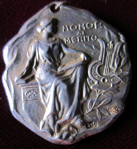 medalla conservatorio musical de montevideo