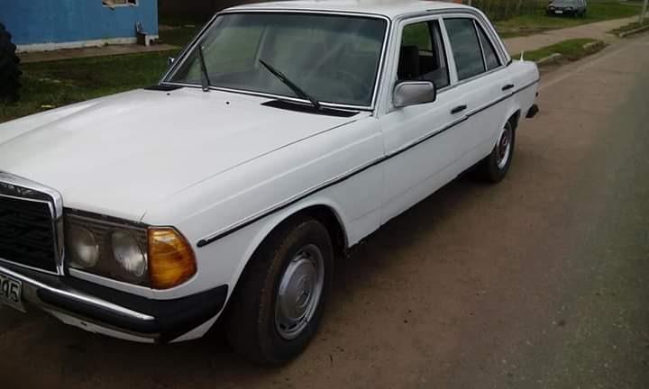 W123 mercedes benz 300d