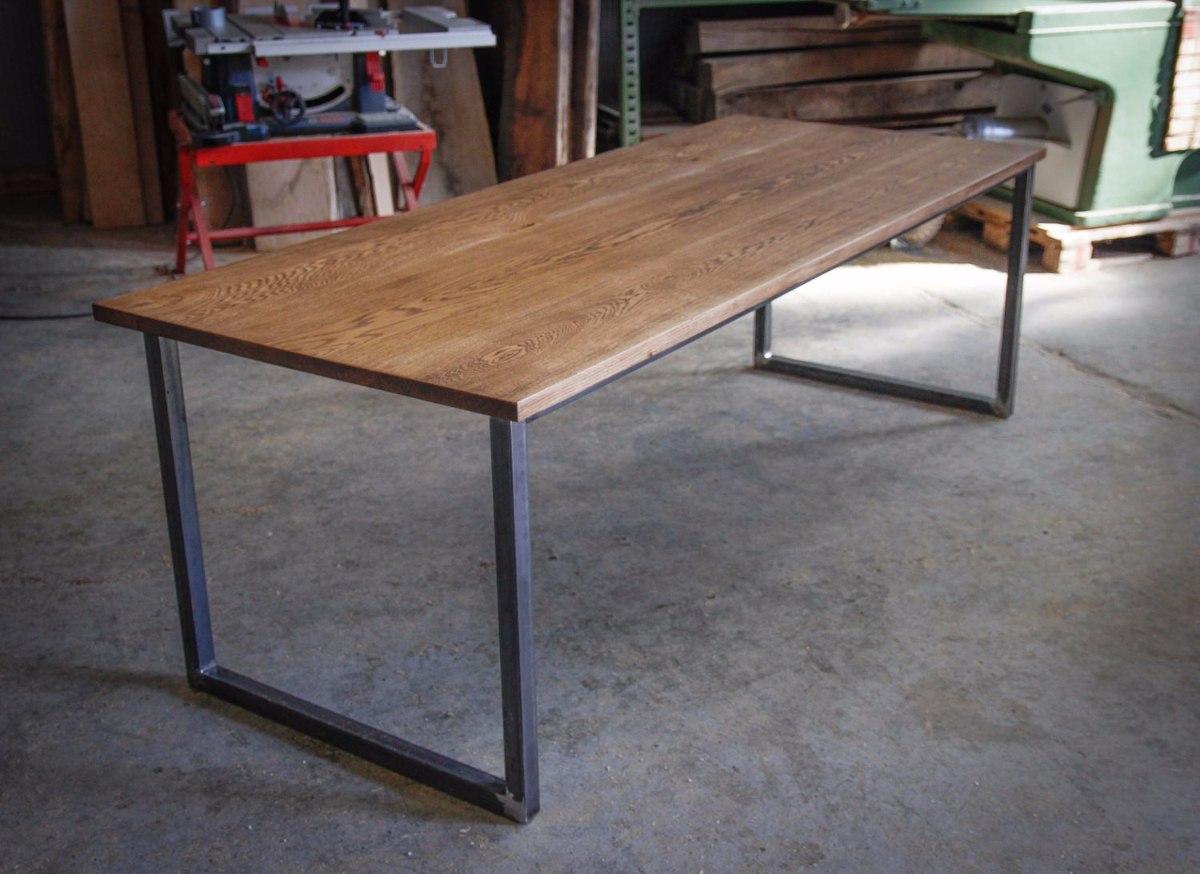 Mesa de comedor de estilo industrial hierro madera pallets for Mesa de comedor de estilo industrial
