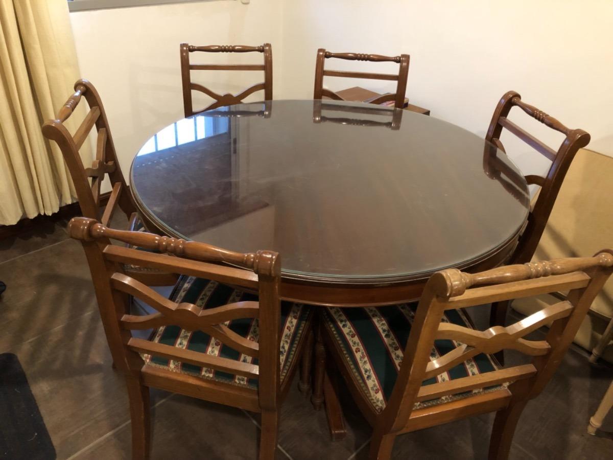 Mesa De Comedor Redonda De Madera Con 6 Sillas- Antigua - $ 21.000,00