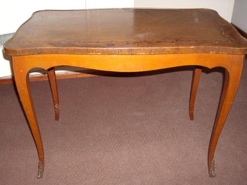 mesa francesa, petit meuble
