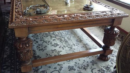 mesa living antigua estilo tudor tallada madera nogal
