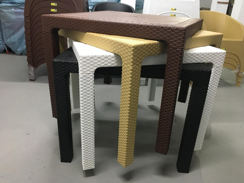 mesa ratan ratona desmontable apilable cuadrada