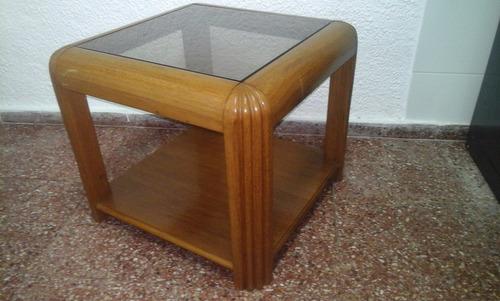 mesa ratona de madera maciza con tapa de vidrio