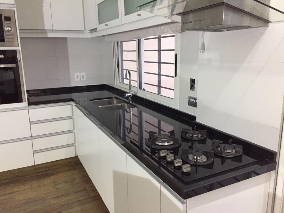 Mesadas De Cocina Granito Negro Absoluto Nacional !!! - $ 1.900,00 ...
