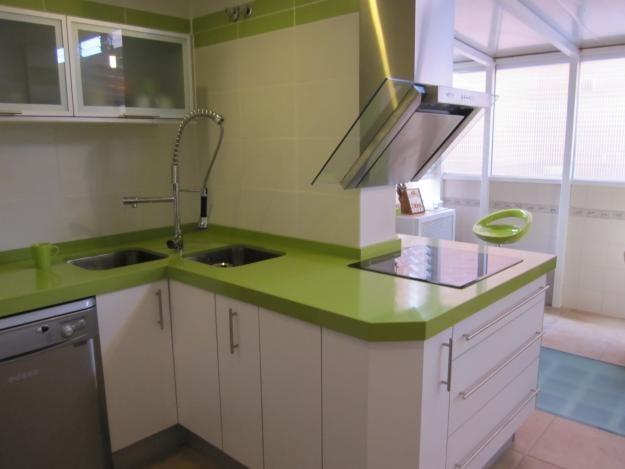 Mesadas Para Cocinas Y Baños En Silestone Revestimientos Etc ...