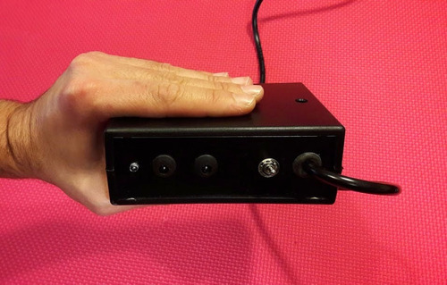 mini fuentes para 3 pedales de bajo o guitarra