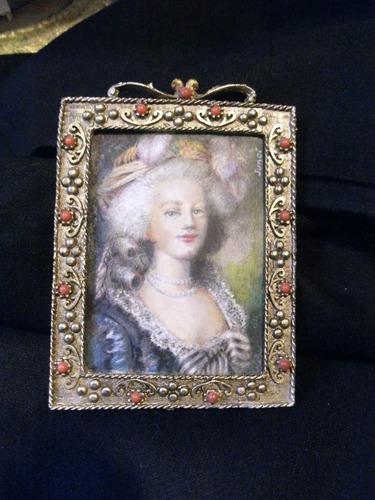 miniatura de la reina maria antonieta