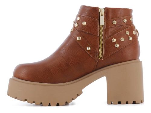 miss carol botas