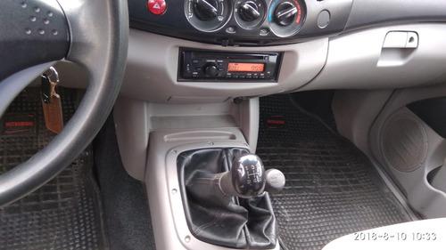 mitsubishi l 200 doble cabina, 4 x4, 2.4 nafta