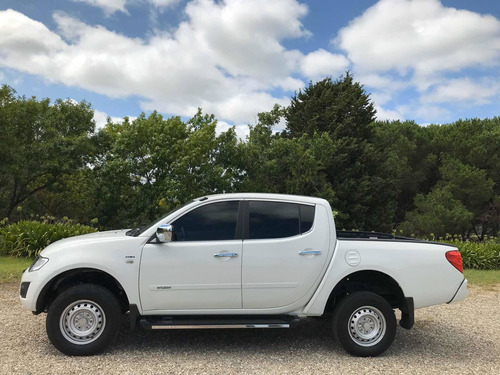 mitsubishi l200 2.5turbo diesel full