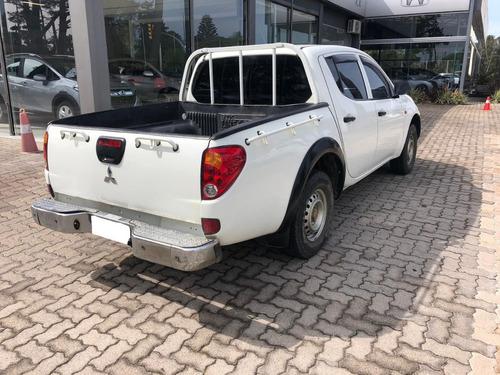 mitsubishi l200 4x2  año 2007 diesel  excelente estado!!!