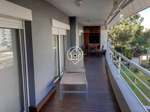 moderno apartamento en alquiler en punta del este con parrillero propio y piscina  - ref: 2