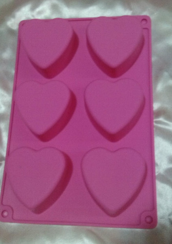 molde de silicón con 6 corazones grande