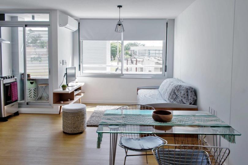 Monoabmiente Bien Distribuido Con Terraza Sol Ideal Vivienda O Renta