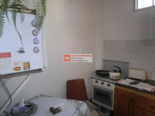 monoambiente amplio, cocina definida