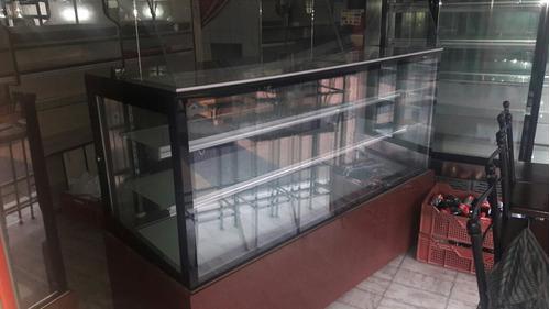mostrador.vitrina
