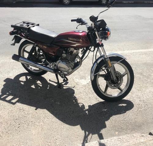 moto honda cgl 125 roja, excelente estado!