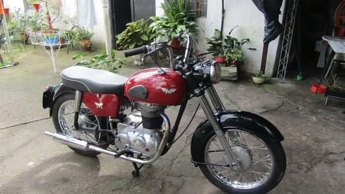 moto inglesa.  500cc