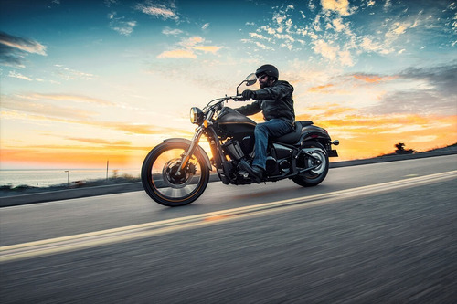 moto kawasaki 900 custom