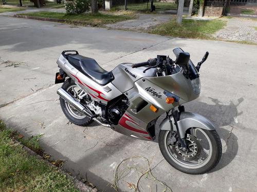 moto kawasaki ninja 250r