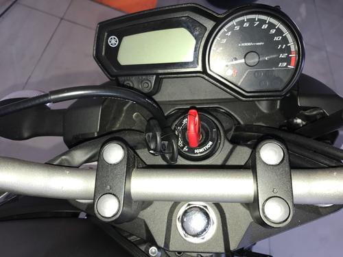 moto yamaha xj6