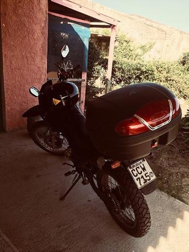 moto yumbo skua tipo cross 125cc hecha a 180 cc