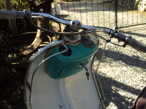 motoneta lambretta antigua