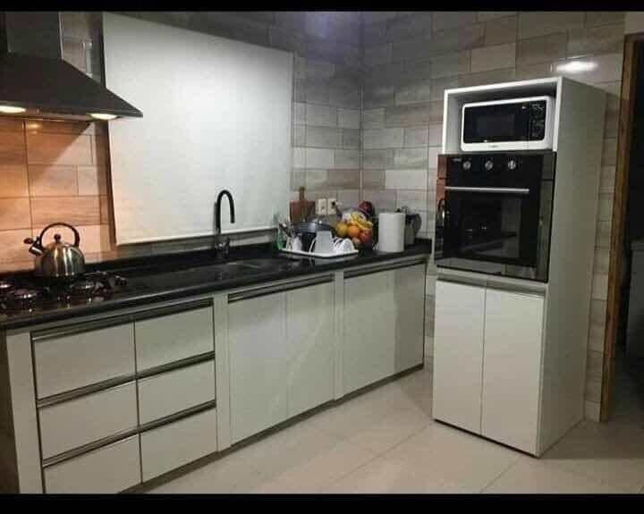 Muebles De Cocina A Medida Aéreos Y Bajo Mesadas