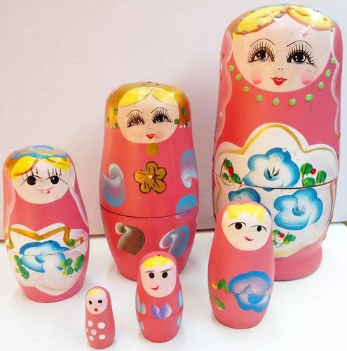 muñeca mamushka / matrioska en madera juego de 5 piezas