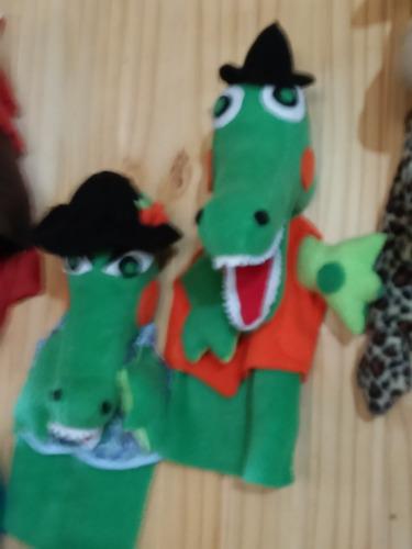 .muppet  cocodrila/o .pato,lezica  o centro.lea descrip.