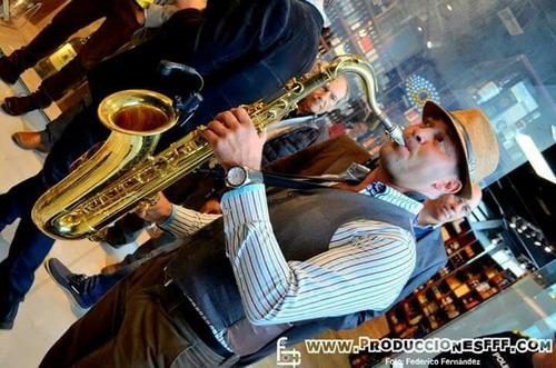 musica en vivo. show de saxo. bodas. eventos. fiestas evento