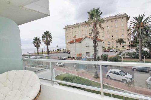 muy buen apartamento con excelente vista a pasos de la playa