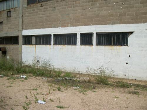 muy buen local industrial en malvin norte cw76944