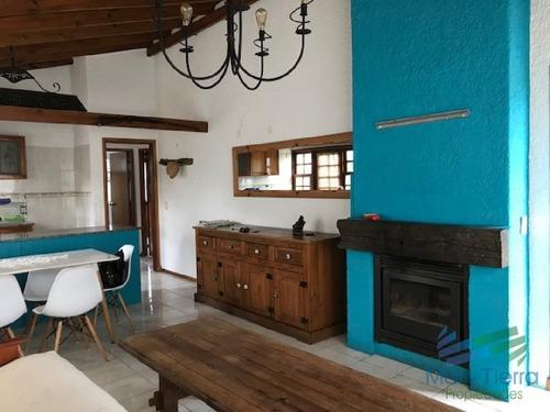 muy linda casa en un barrio con buen entorno en maldonado. - ref: 2155