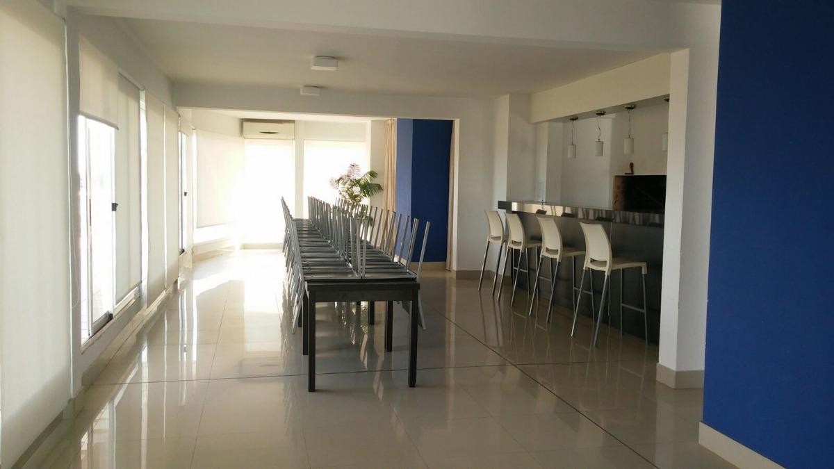 muy lindo apartamento, véalo !!!!