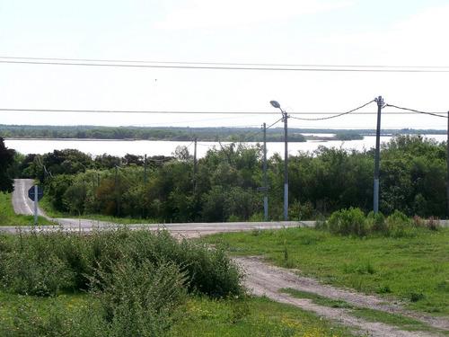 muy lindo terreno con vista al río en balneario punta gorda