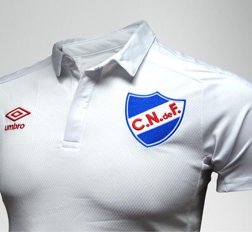 nacional nacional camiseta