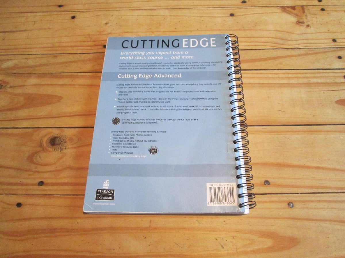 New Cutting Edge Advanced Teachers Book
