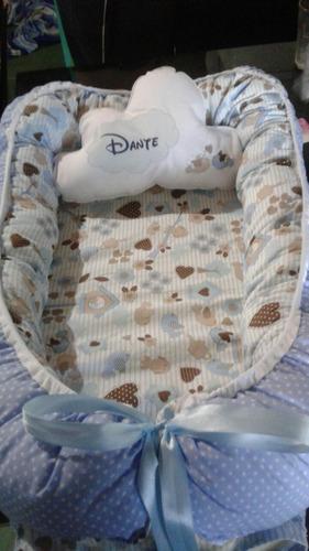 nido contención bebé con
