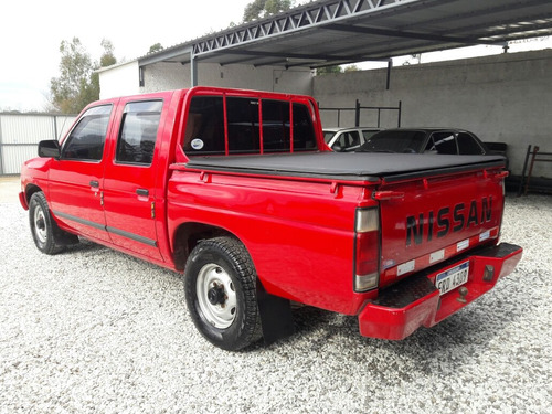 nissan d21 impecable (permuto)