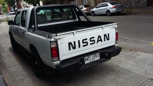nissan frontier, nafta 2400cc, retira con u$s5990+37meses